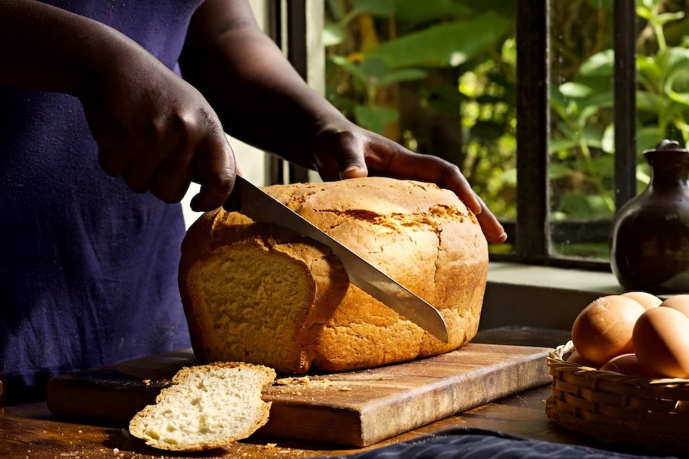 should you slice bread hot or cold